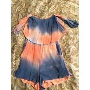 Other - Tye Dye Romper🖤